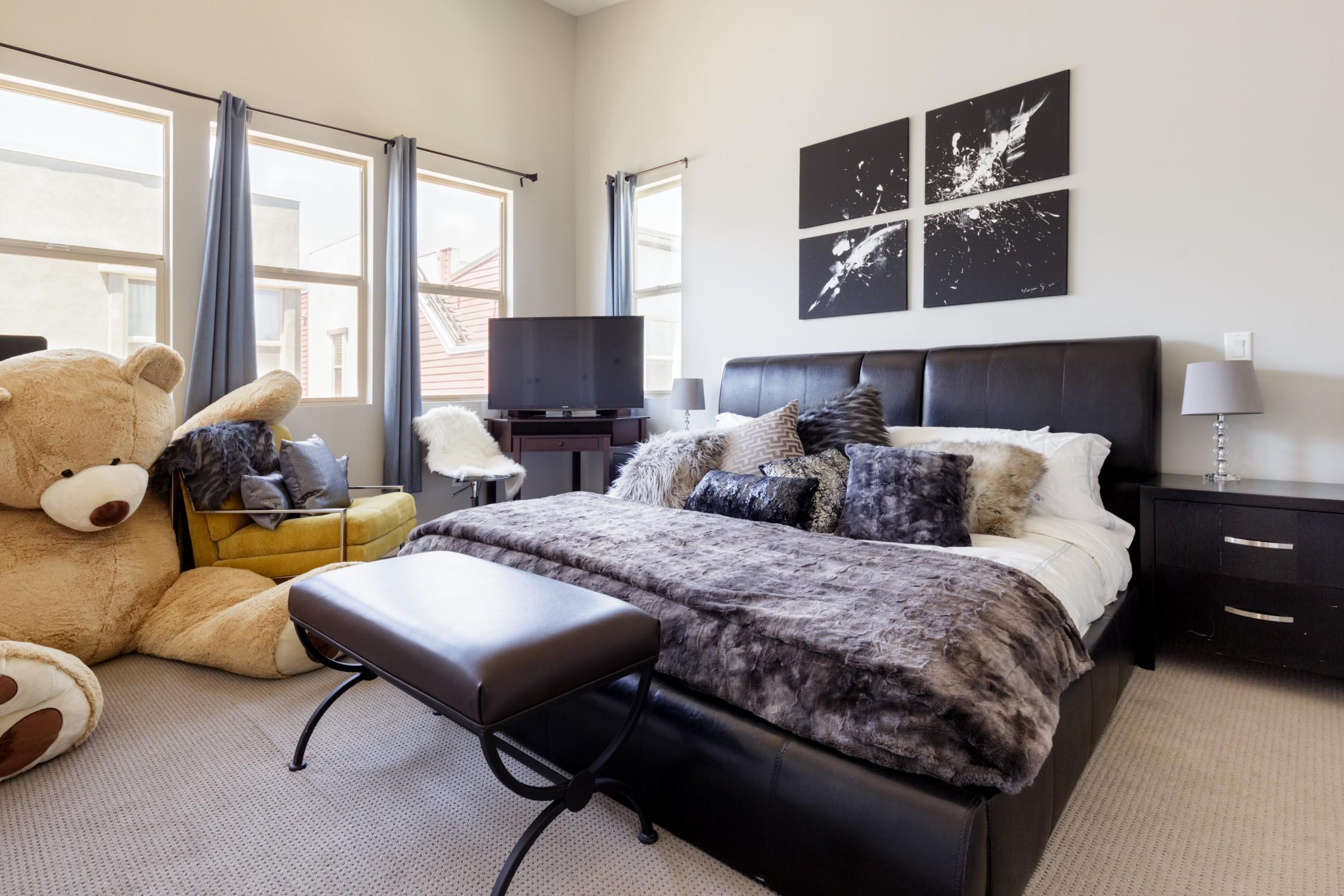 Airbnb Phoenix AZ Luxury Three Story Home