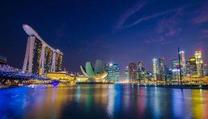 Picture of Marina Bay Singapore skyline at dusk