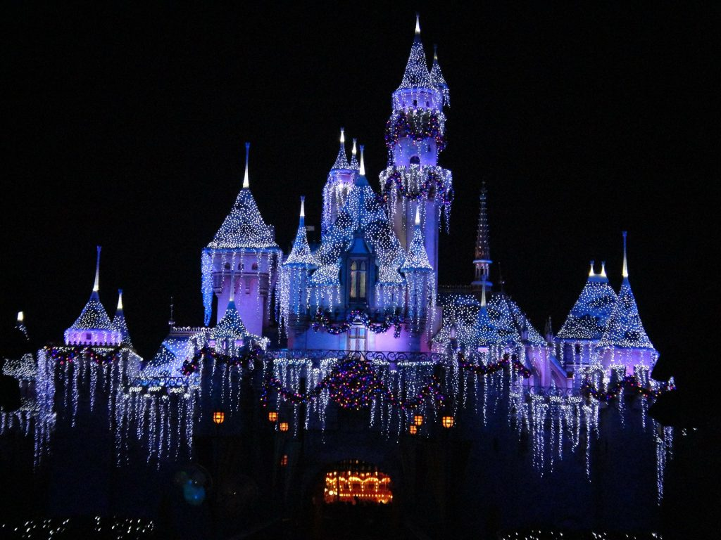 Your Guide For A Cool Family Trip  Best Disney Vacation Deals