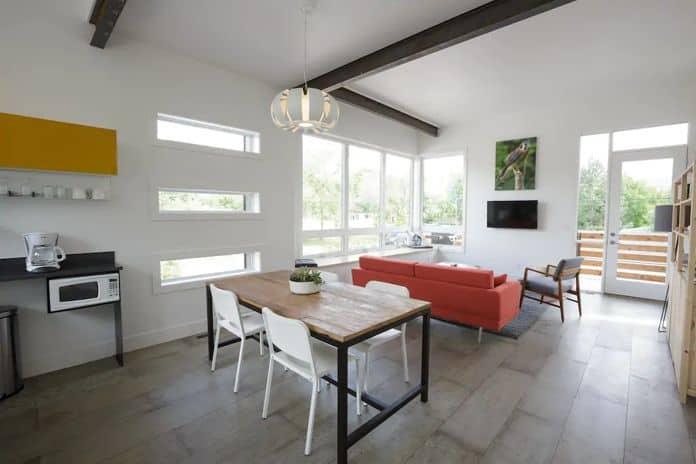 Aibnb Missoula Modern and airy Kestrel House
