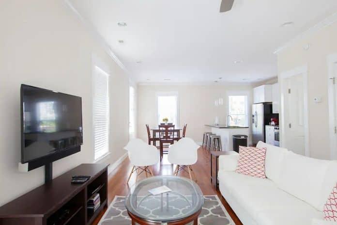 Airbnb Charleston Renovated 3 Bedroom