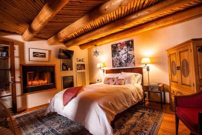 Airbnb Colorado Springs Casa Hovel