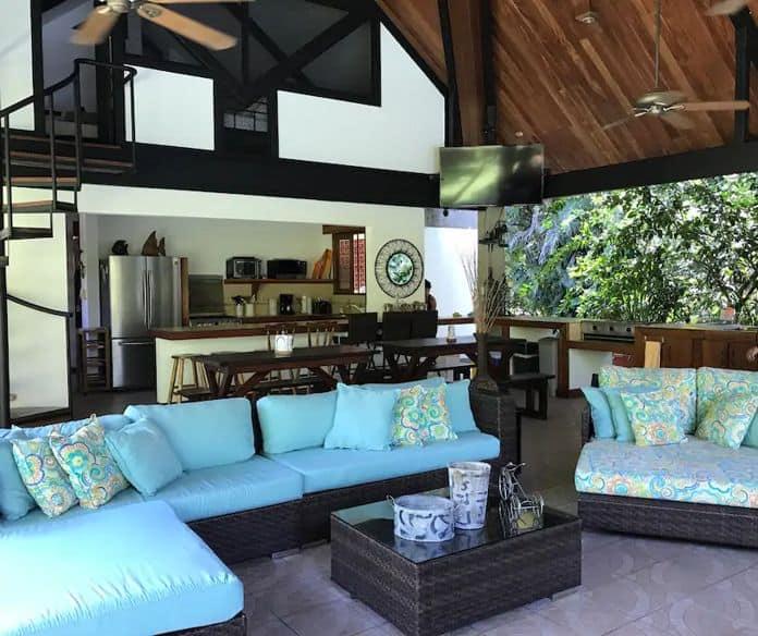 Airbnb Costa Rica Pumilios House