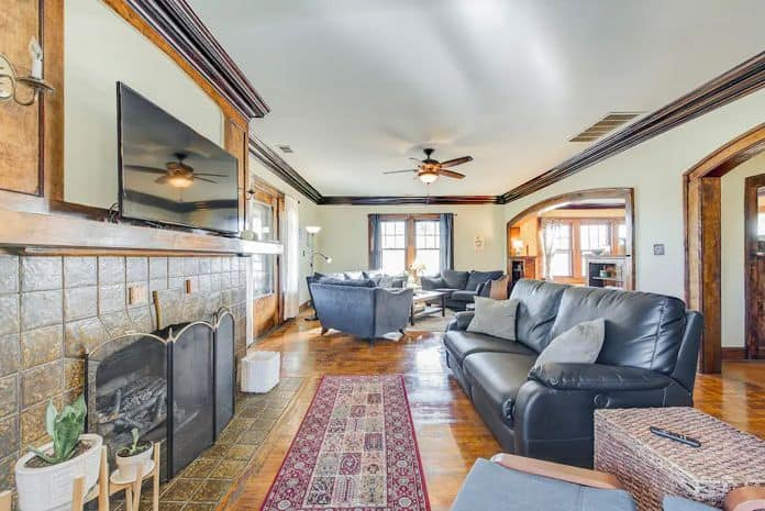 Airbnb Indianapolis Relaxing Historic Townhouse