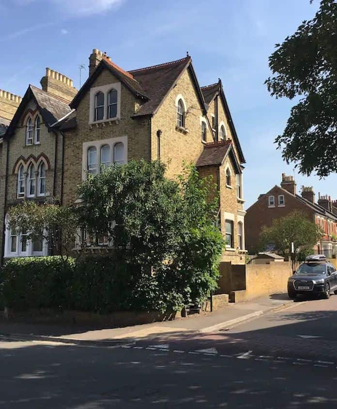 Airbnb Oxford Victorian Townhouse and Garden