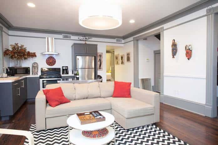 Airbnb Savannah GA Historic Apartment