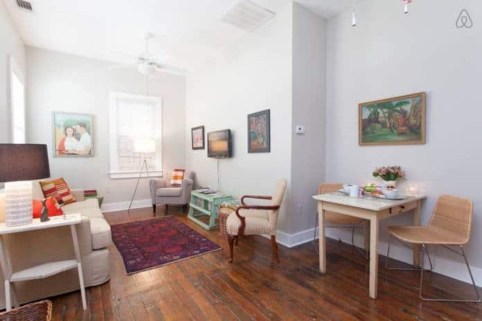 Airbnb Savannah GA Miss Minnie