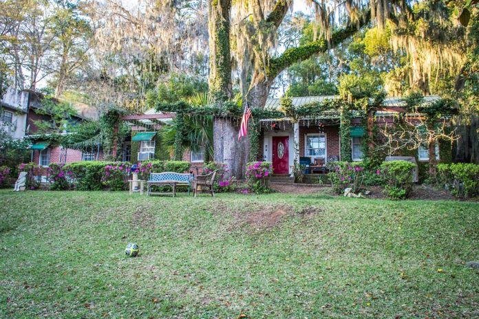 Airbnb Tallahassee Lake Ella Main House