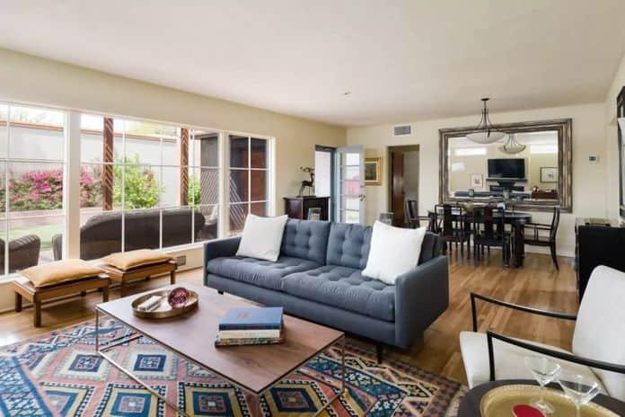 Airbnb Tucson Luxury neighbor