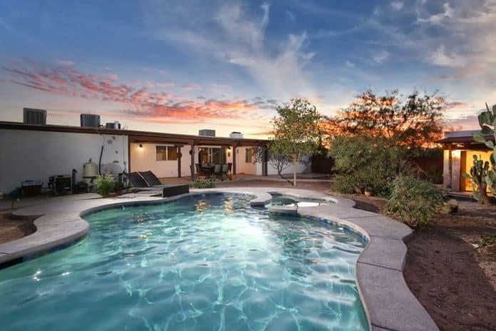 Airbnb Tucson Remodeled Desert Hideaway