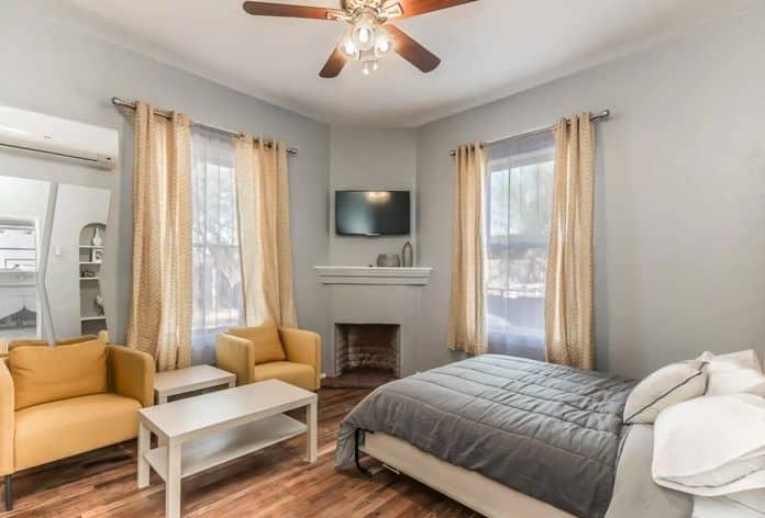 Airbnb Tucson Sunshine Suite