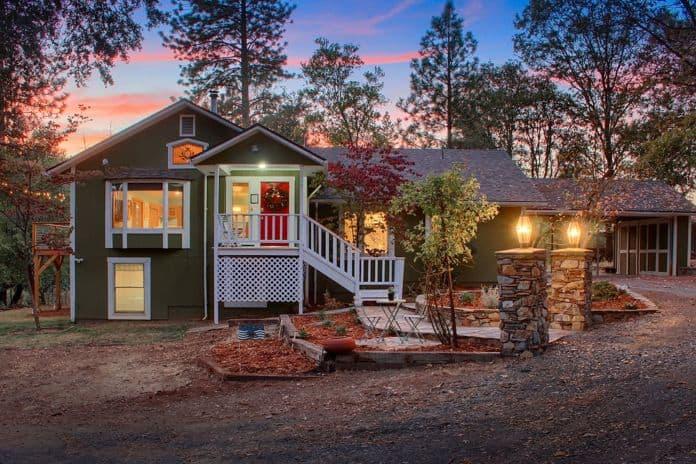 Airbnb Yosemite Early Manor