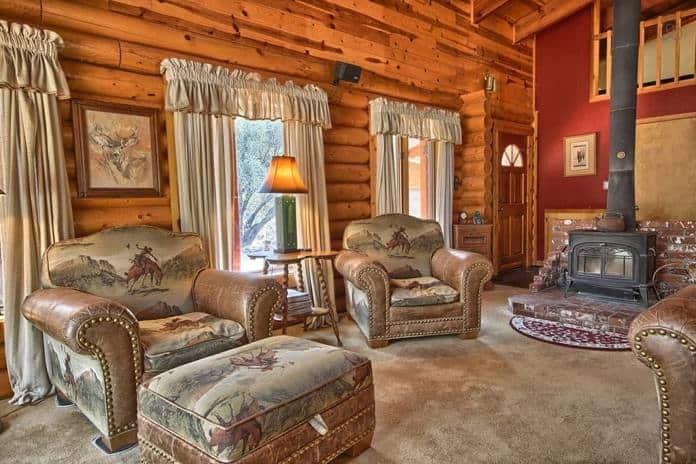 Airbnb Yosemite Shanks Log