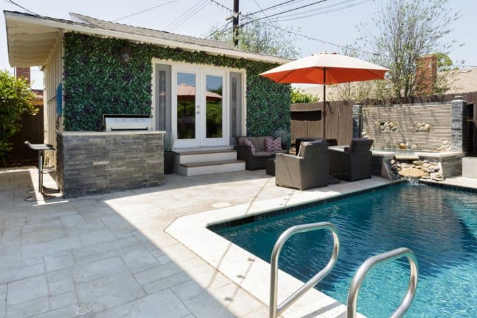 Airbnb Huntington Beach Poolfront Bungalow