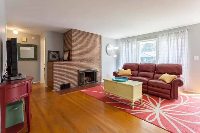Airbnb Tacoma COZY RETRO