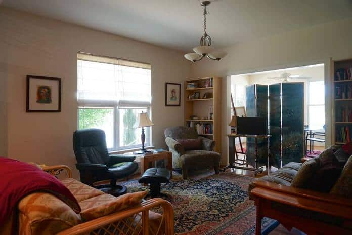 Airbnb Charlottesville Art filled home