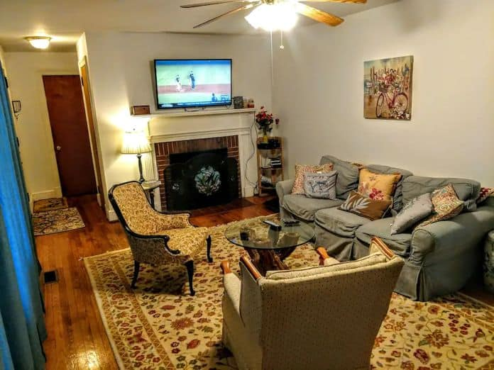 Airbnb Charlottesville Fall Rates on Pet Friendly