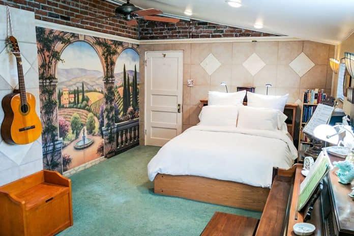 Airbnb Reno Best Reno RiverSuite