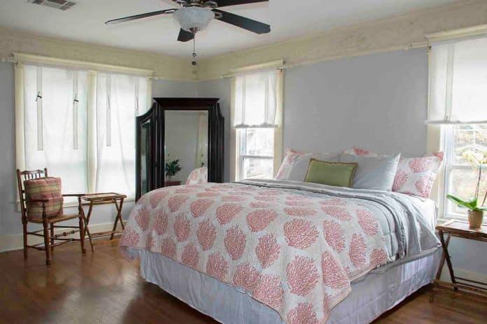 Airbnb Tulsa Carson House