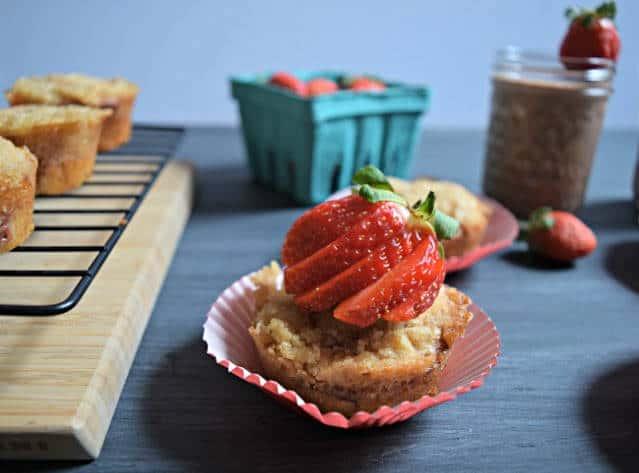 strawberry crumble breakfast muffin 2