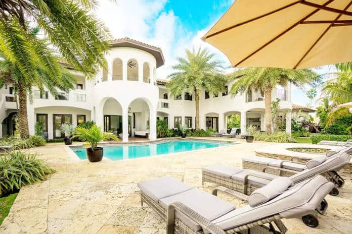 Airbnb Florida Magic Mansion