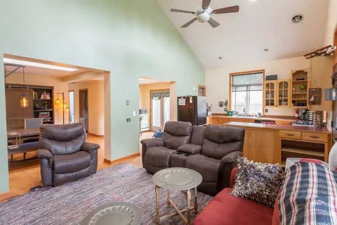 Airbnb Tacoma Jet City Lodge