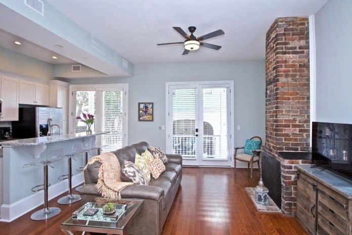 Airbnb Charleston CB Historic Renovation