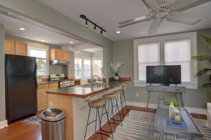 Airbnb Charleston King Street Home