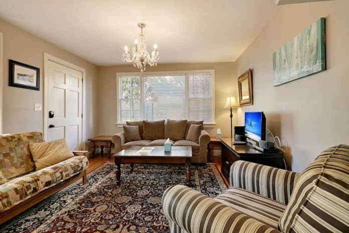 Airbnb Charleston The Southard Suite