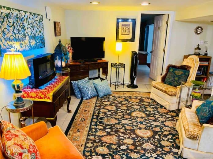 Airbnb Chicago 420 Friendly Room 7 Last minute booking 247