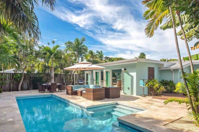 Airbnb Key West Bird of Paradise