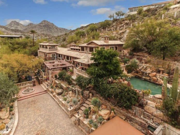 Airbnb Phoenix pet Awesome Desert
