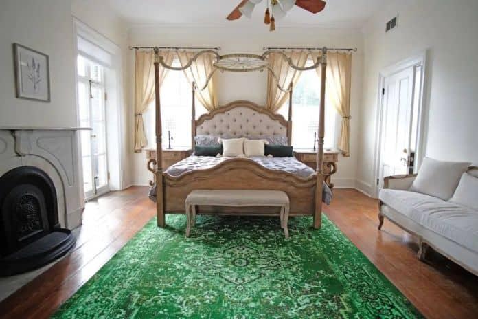 Airbnb Savannah pet 5 Bedroom Hamilton House
