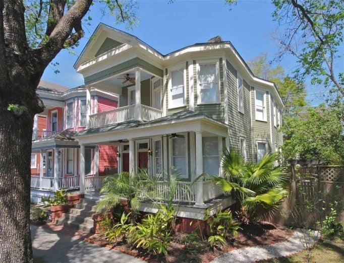 Airbnb Savannah pet Luxury 3BR