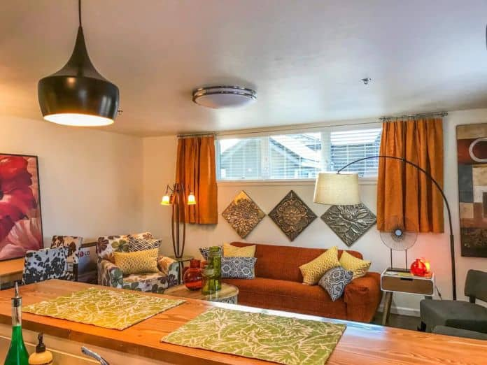 Airbnb Missoula Mid Century Modern