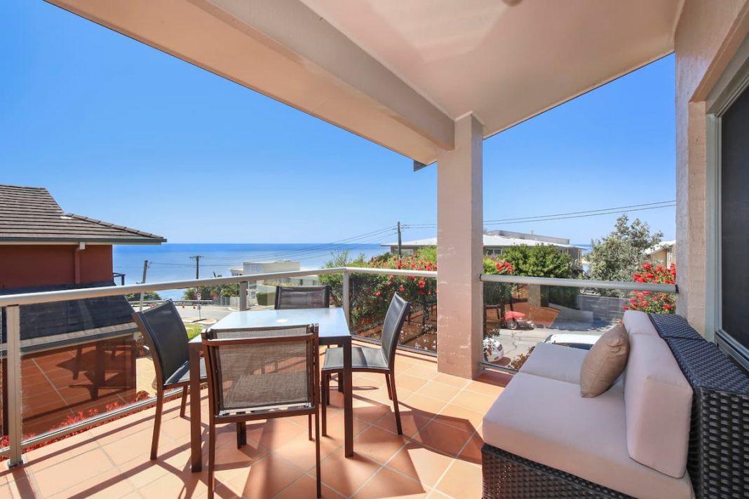 airbnb terrigal accom holidays spectacular ocean sunrise