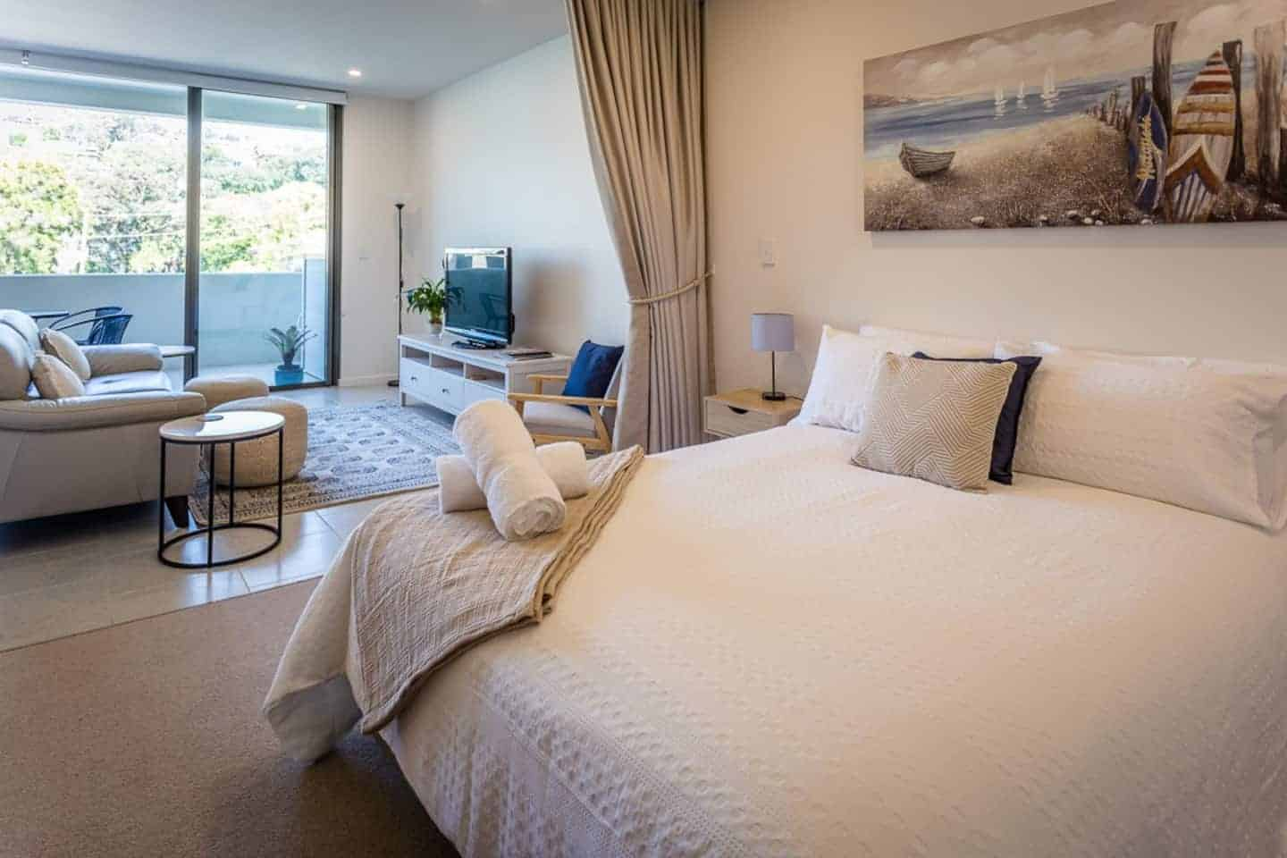 Photo of a top airbnb terrigal titled: Beach, Cafes, & Restaurants within a short walk. relevant to terrigal holiday rental accomodation