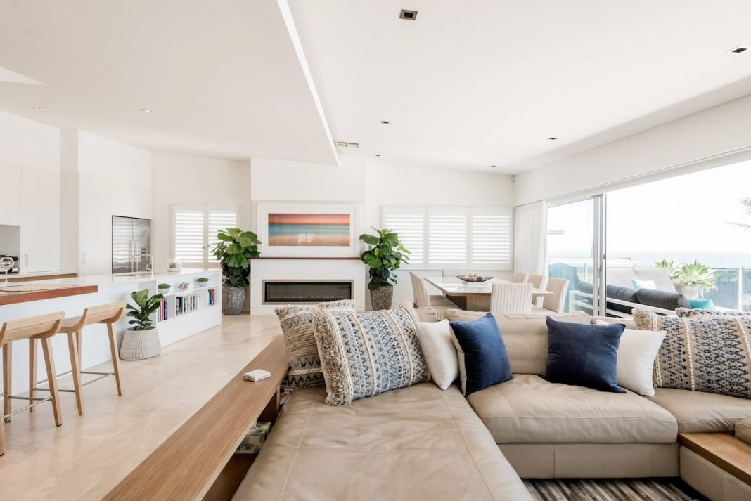 airbnb terrigal beachousesix