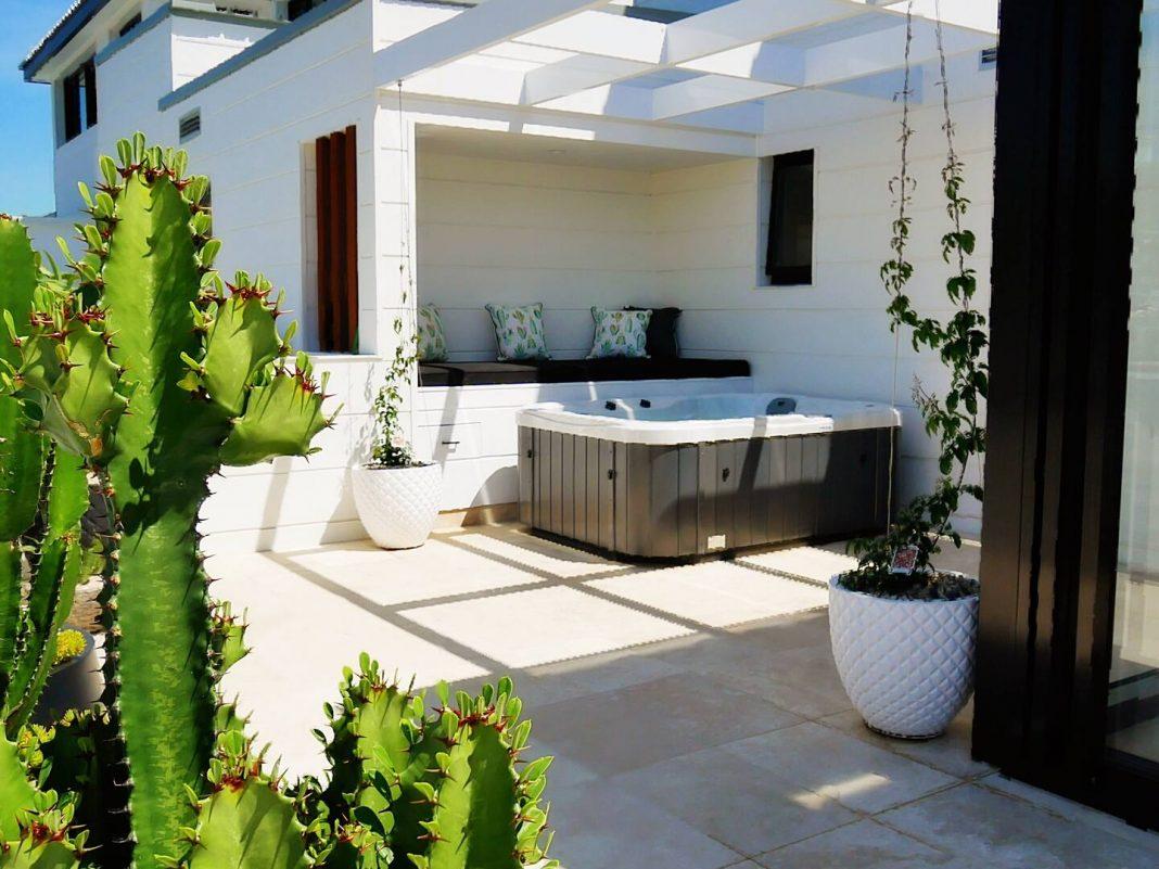 airbnb terrigal rockpool 304 luxury spa apartment